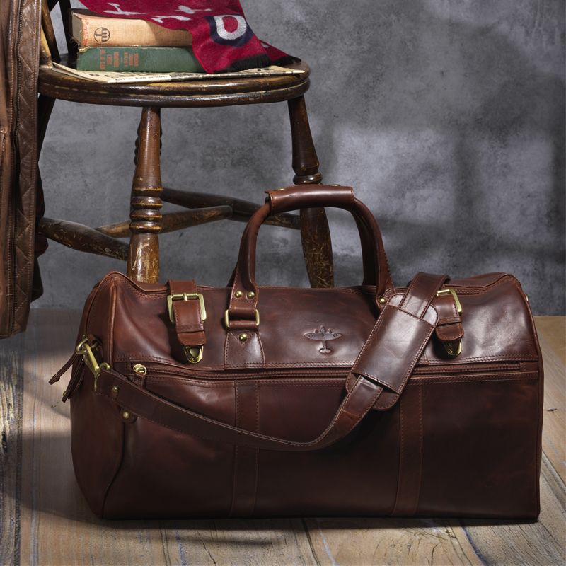 Battle of Britain leather holdall lifestyle image
