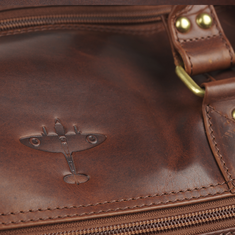Battle of britain leather holdall image 4
