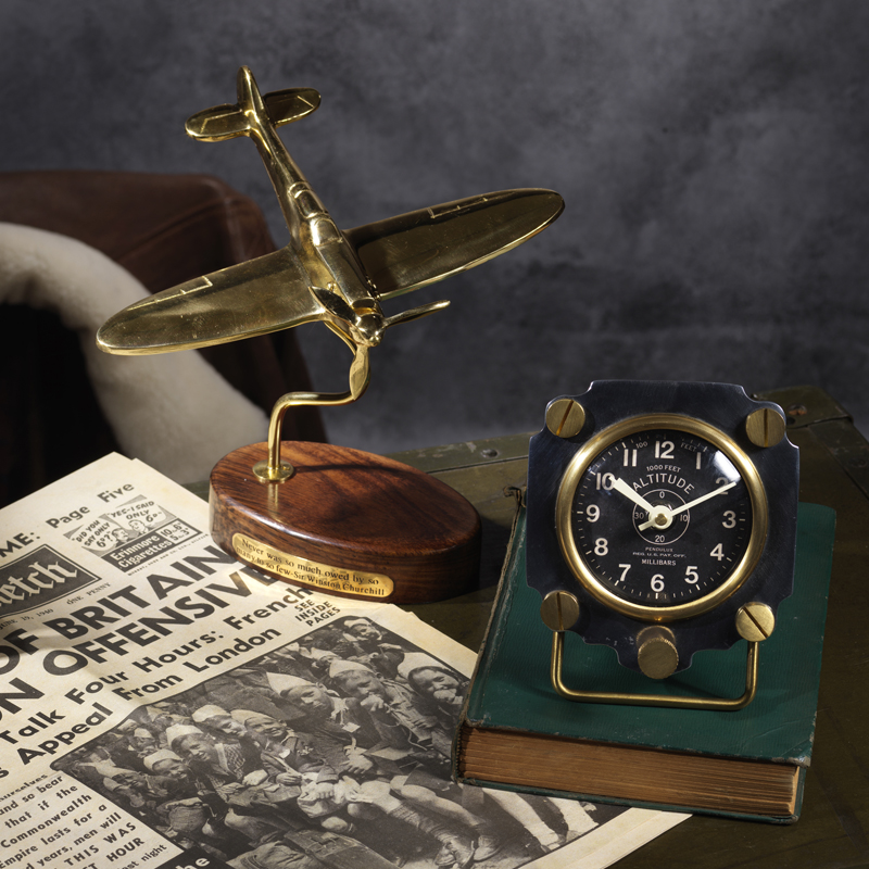 altimeter table clock 4